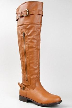 tawny Bamboo boots