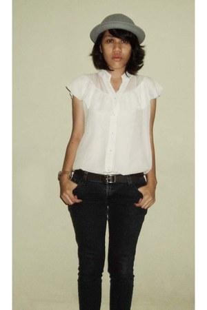 white shirt - jeans - Bowler hat - belt