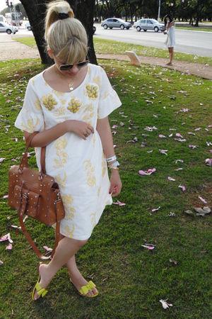 white E-zone dress - yellow Arezzo shoes - brown