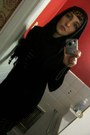 Dress-scarf-black-shukr-scarf-black-express-cardigan