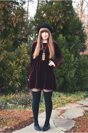 black vintage thrifted shoes - crimson thrifted dress - black H&amp;M hat - black Ta