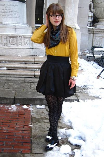 black Aqua skirt - black Target tights - black Forever 21 shoes - gold vintage s