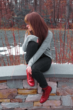 red vintage boots - blue madewell jeans - black my sisters scarf - gray American