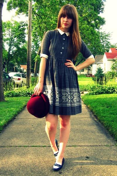 gray vintage dress - red thrifted vintage hat - blue thrifted vintage shoes - bl