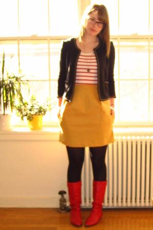 Amanda Christine skirt - vintage boots - H&M shirt - Urban Outfitters blazer - v