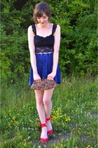maroon vintage bag - blue Forever 21 skirt - black Urban Outfitters bra