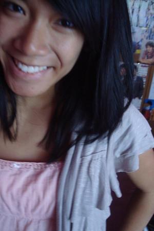 beige Agaci cardigan - pink a&f blouse