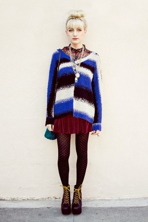 crimson velvet American Apparel skirt - navy knitted Urban Outfitters sweater