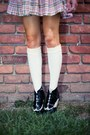 Black-oxford-striped-vintage-boots-off-white-plaid-vintage-dress