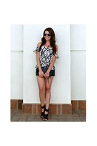 graphic Rieley top - clutch H&M bag - leather H&M shorts