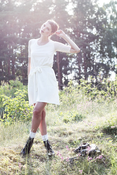black army vagabond boots - white Johanna Vikman dress - black faux leather H&M