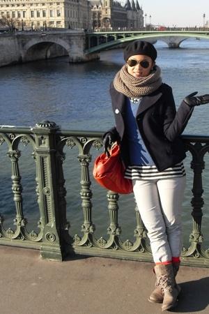 H&M coat - Mango jeans - gerard darel accessories - Zara gloves - Galeries Lafay