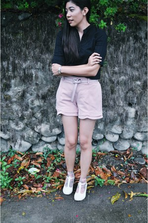 pink scallopl shorts - neutral mary janes shoes - light pink printed socks