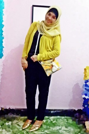 yellow scarf - yellow bag - yellow cardigan - sandals - black pants