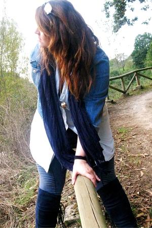 HyM jeans - Barneys shirt - vintage jacket - Primark boots - rayban glasses