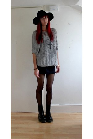 cotton spitafileds sweater - wool select fashion hat - cotton new look skirt