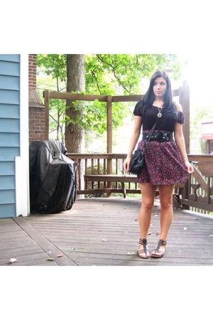 BP Nordstrom top - Wet Seal skirt - vintage necklace - H&M purse - Mudd shoes