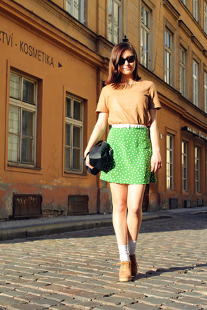 green polka dotted DIY skirt - camel leather H&amp;M t-shirt - camel Zara wedges