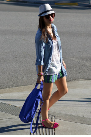 chambray H&amp;M Kids shirt - Ruehl shirt - baggu bag - madewell shorts