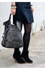 Black-asos-boots-black-gap-dress-asos-hat-leather-biker-madewell-jacket