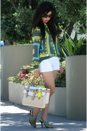 Zara shirt - Reed Krakoff bag - Abercrombie shorts - Chanel sunglasses