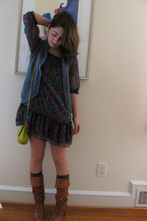 H&amp;M dress - Marc Jacobs vest - H&amp;M purse - H&amp;M socks - Frye boots