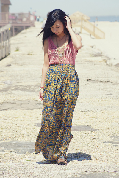 blue maxi Mink Pink skirt - light yellow Forever 21 necklace
