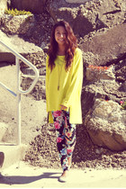 yellow neon Choies jumper - black floral Forever 21 leggings
