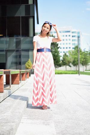 salmon Vanity skirt