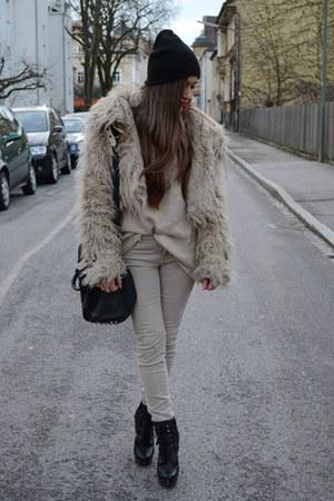 new look coat - venezia shoes - Sradivarius jeans - H&M sweater