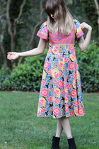 floral dress Patti Cappalli California dress