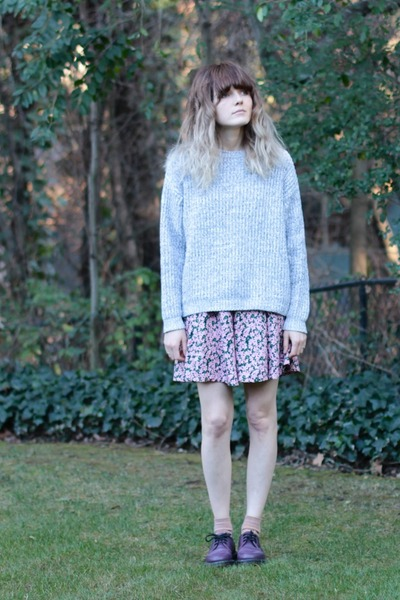 vintage sweater - doc martens shoes - vintage romper