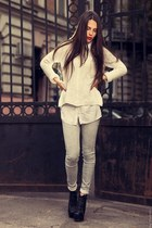 white snakeskin print River Island jeans - white knitted Zara sweater