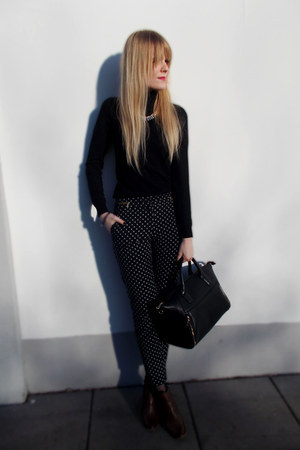 black Mohito sweater - black Mango bag - navy H&M pants