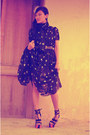 Star-printed-dress-belt-wedges-earrings-accessories