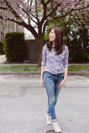 violet J Crew shirt - blue Rag and Bone jeans - beige Converse sneakers