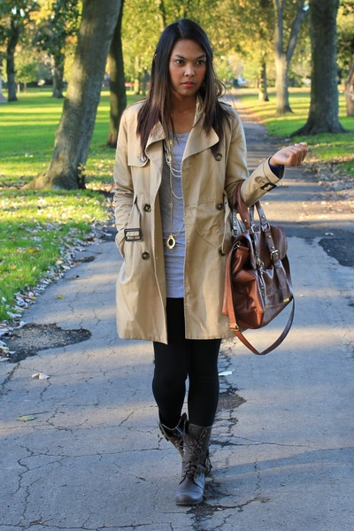 H&M coat - Newlook bag - Topshop top - H&M necklace - Primark boots