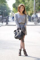 beige Alexander Wang boots - heather gray vince dress