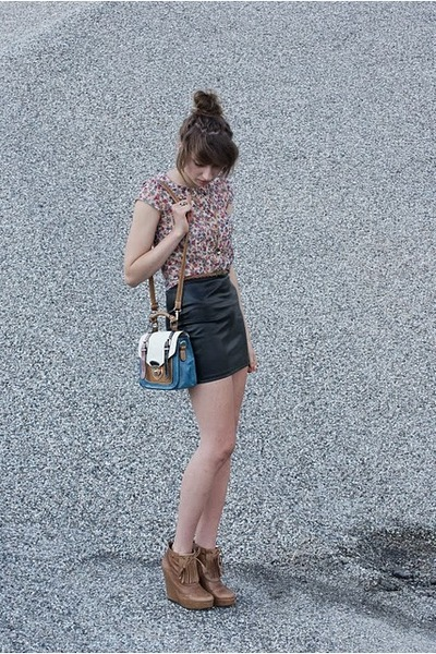 black H&M skirt