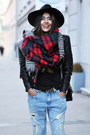 Black-leather-biker-h-m-jacket-red-plaid-zara-scarf