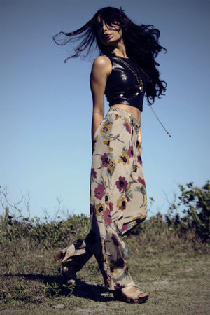 tan Brechicaf pants - black Brechicaf top