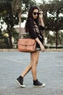 Coral-nica-bag-black-felicee-blazer-silver-aquamar-shorts