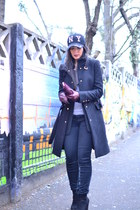 black Zara coat - black Zara jeans - black no brand hat