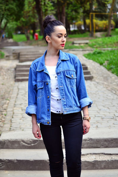 turquoise blue denim vintage jacket - black ripped Zara jeans