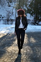 brick red faux fur Local store hat - black Bershka boots - black Zara jeans