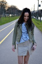 mustard bad style skirt - army green Zara jacket - heather gray Bershka t-shirt