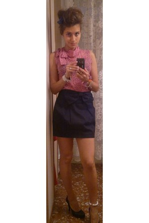 bubble gum shirt - hot pink stefanel bag - black stradivarious skirt - black guj