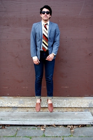 gray H&amp;M blazer - beige H&amp;M shirt - beige lanvin tie - blue Levis jeans