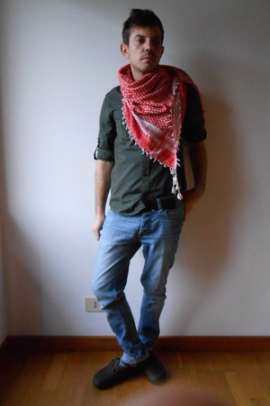 red Kaos scarf - sky blue cycle jeans - forest green H&M shirt