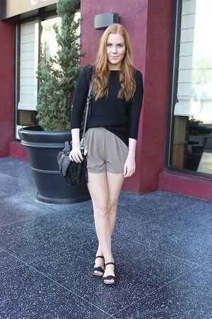 black knitted Zara sweater - light brown taupe pretty odd shorts